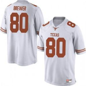 Men Texas Longhorns Cade Brewer #80 Replica White Football Jersey 407486-847